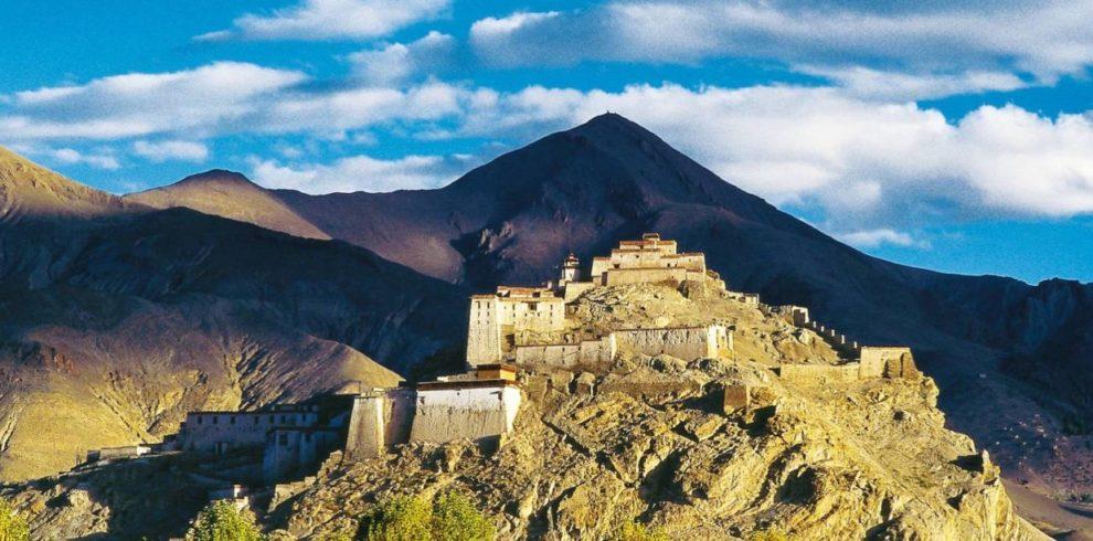 gyantse-tibet-himalaya